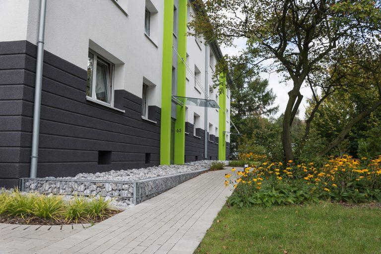 Tewes-Kampelmann Galabau Herne Neuanlage in Herne mit Bepflanzung Pflasterarbeiten Sichtschutz - WV Hölkeskamping (10)